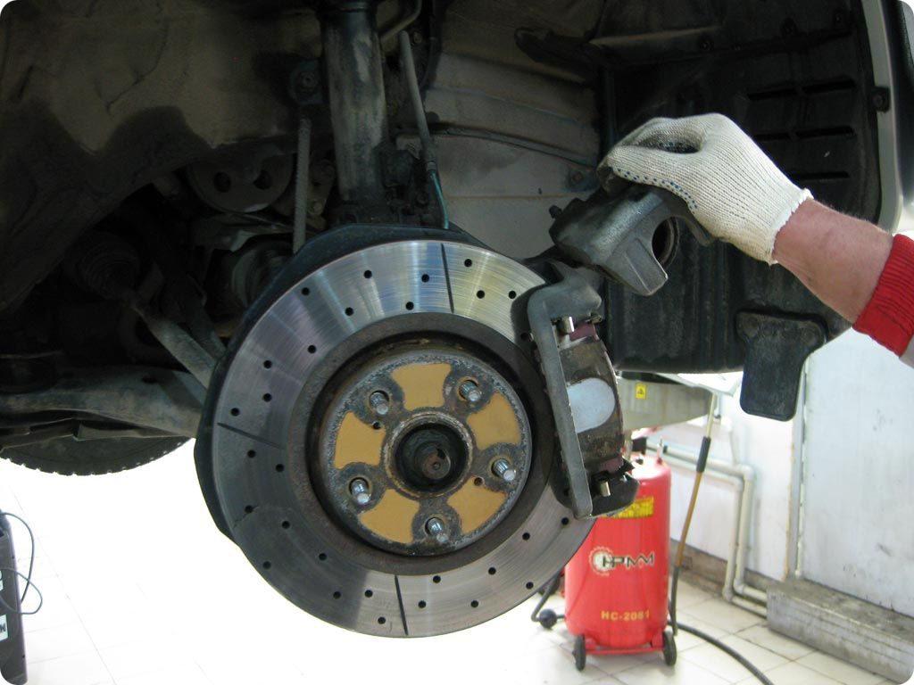 как проверить тормоза