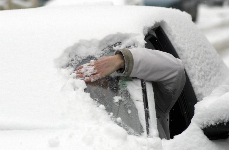 Как убрать наледь с кузова автомобиля
