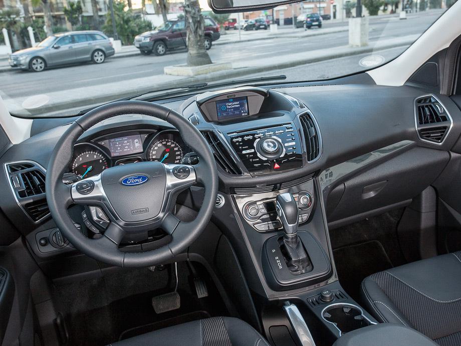форд куга интерьер