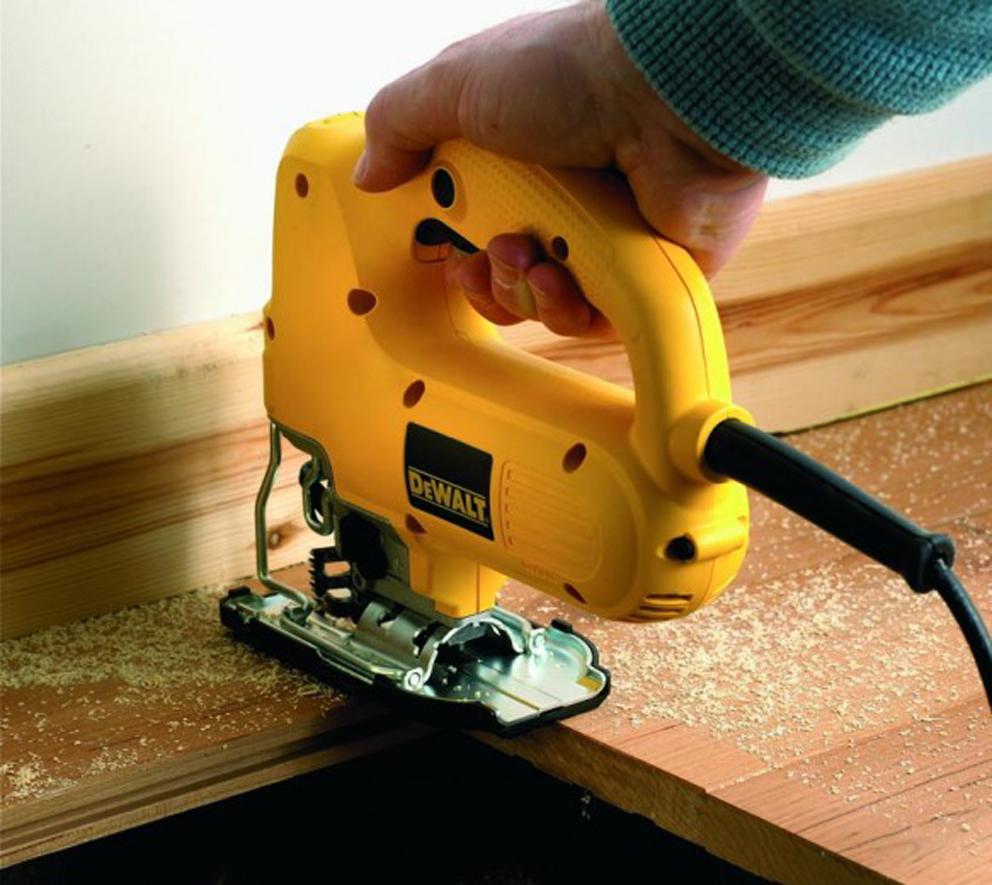 Электрический лобзик собственными руками