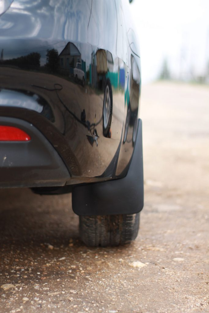 Функции и назначение автомобильных брызговиков