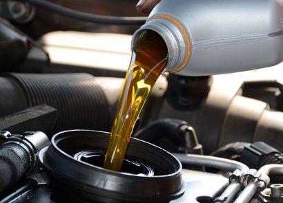 как заменить масло в двигателе